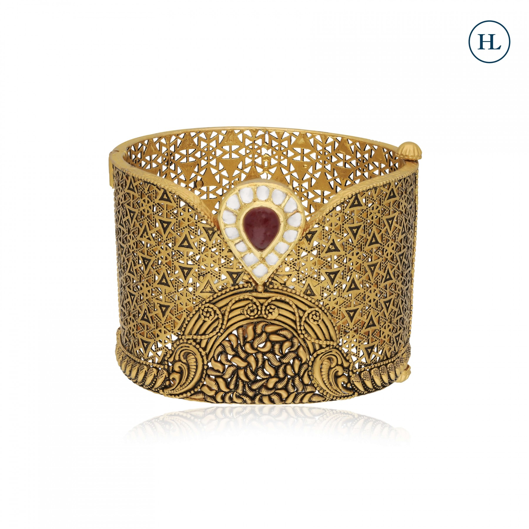 Antique-Styled Ruby & Gold Bangle