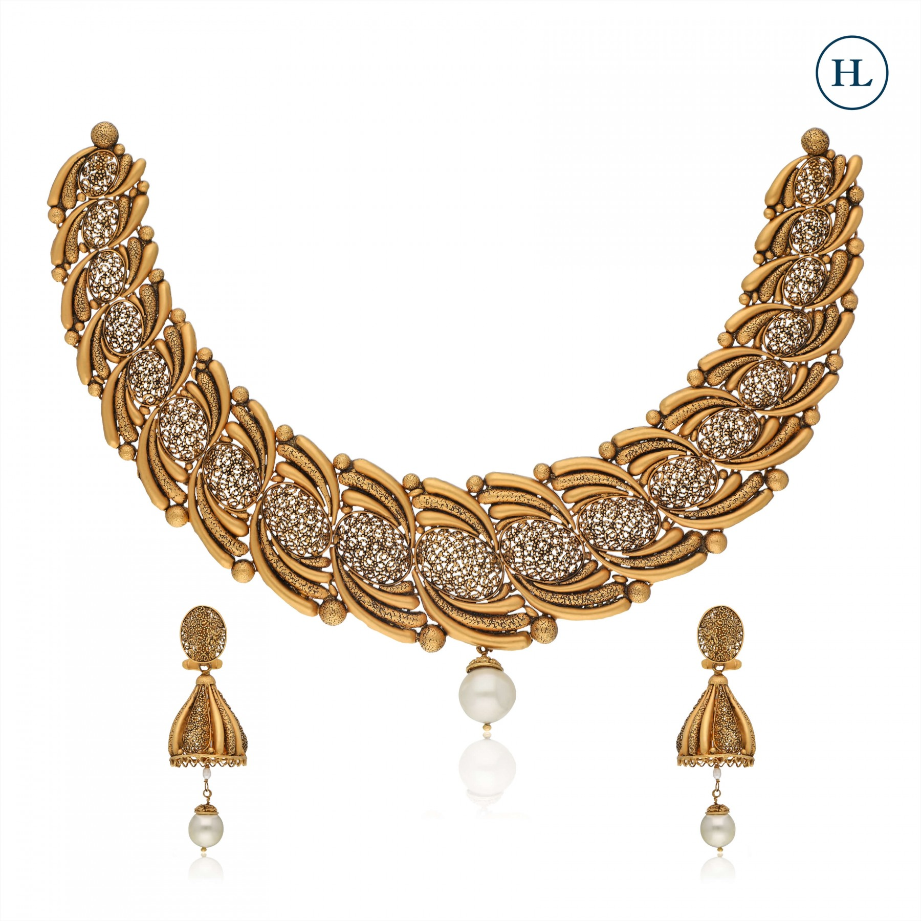 Antique-Styled Pearl & Gold Necklace Set