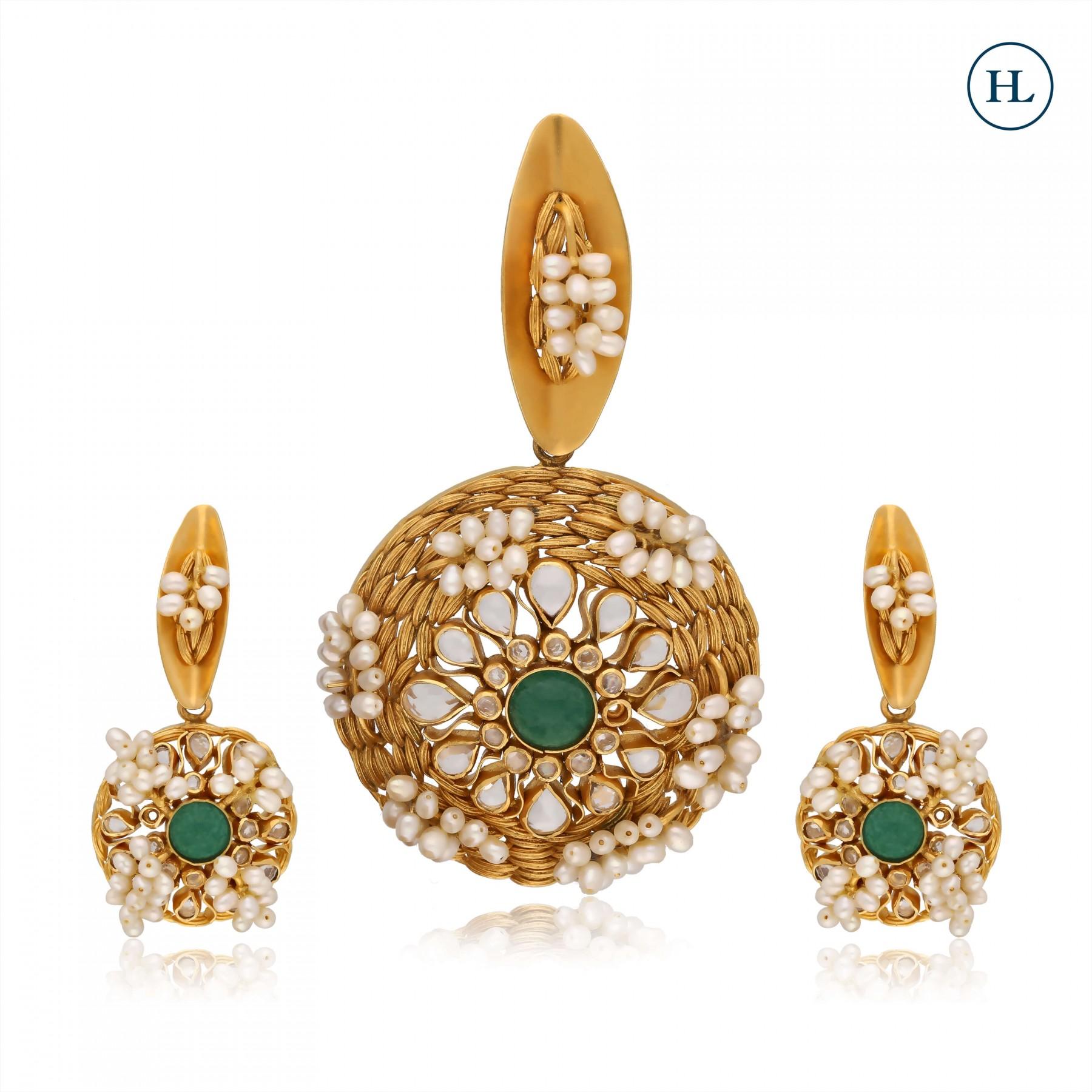 Emerald & Gold Pendant Set