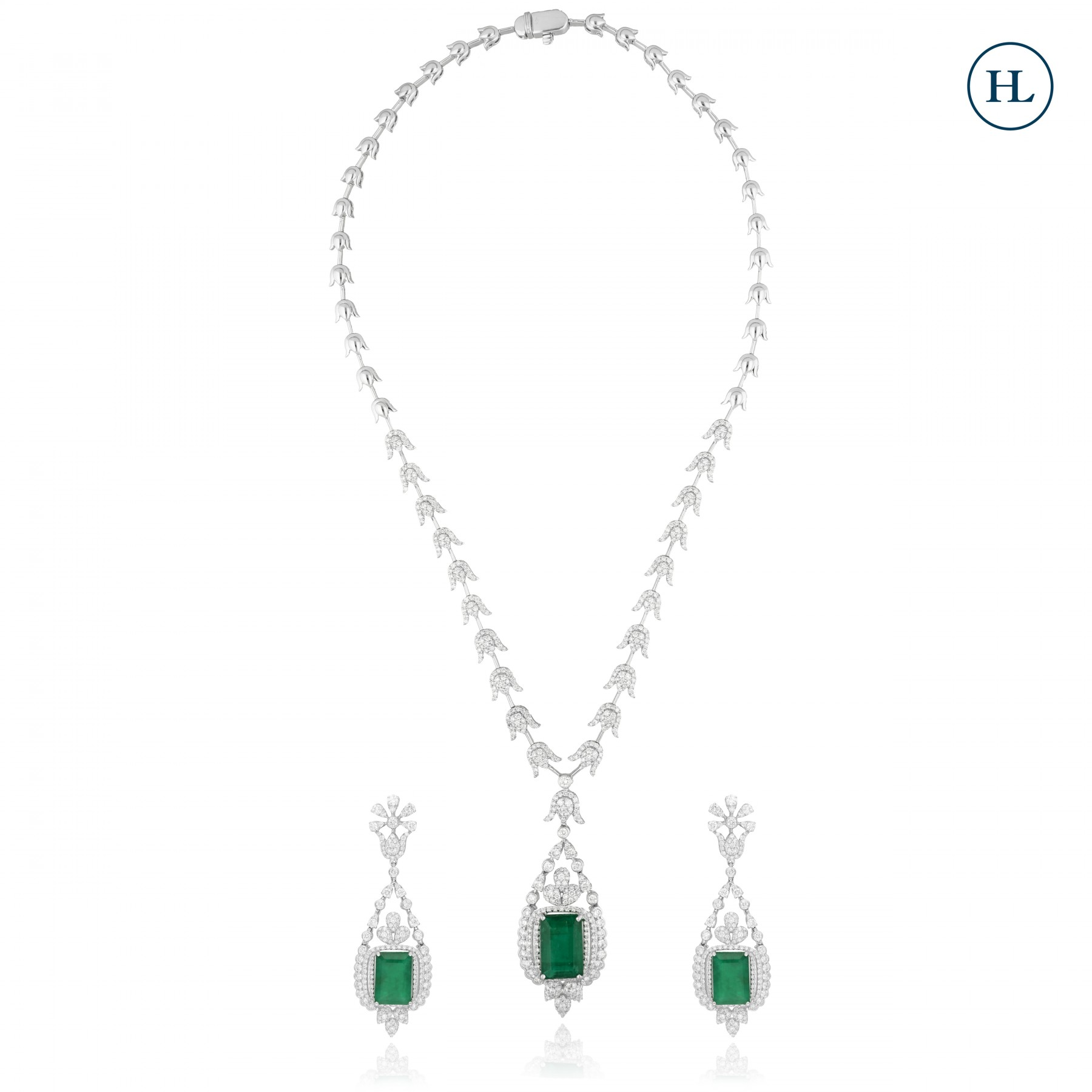 Emerald & Diamond Necklace Set